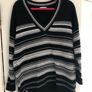 Vince navy and white cotton v-neck long sweater